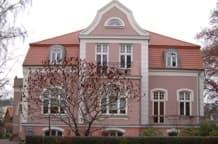 Schillerplatz 1, Rostock Stadtvilla mit 4 Wohnungen und Büro